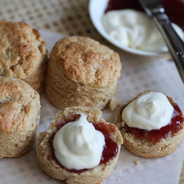 Spelt and Protein Scones